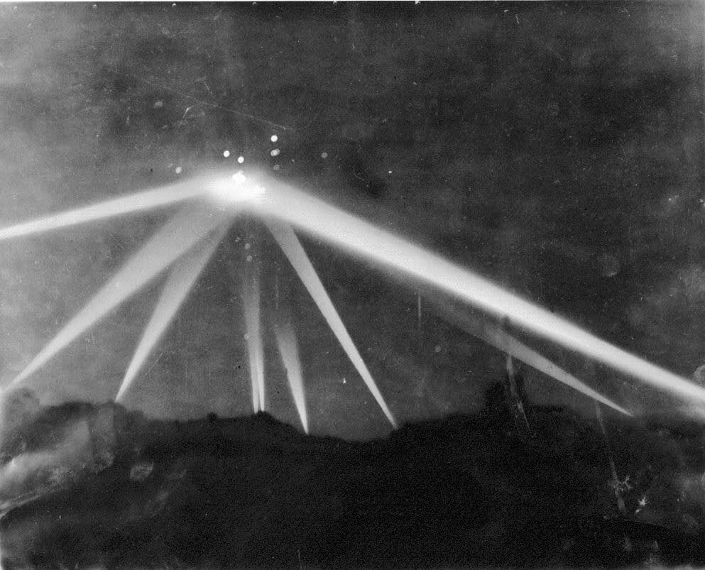 battle-of-los-angeles-1942-ufo